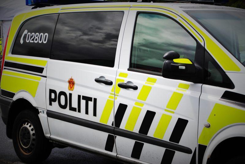 traffic car van taxi transport vehicle 449785 pxhere.com  800x536 - Sentralisert politiet og lagt ned 126 lensmannskontorer - 212 km til nærmeste arrest