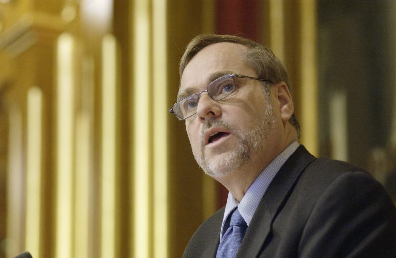 Jan Petersen tidligere H leder 800x521 - Tidligere Høyre leder Jan Petersen kritisk til kommunereformen